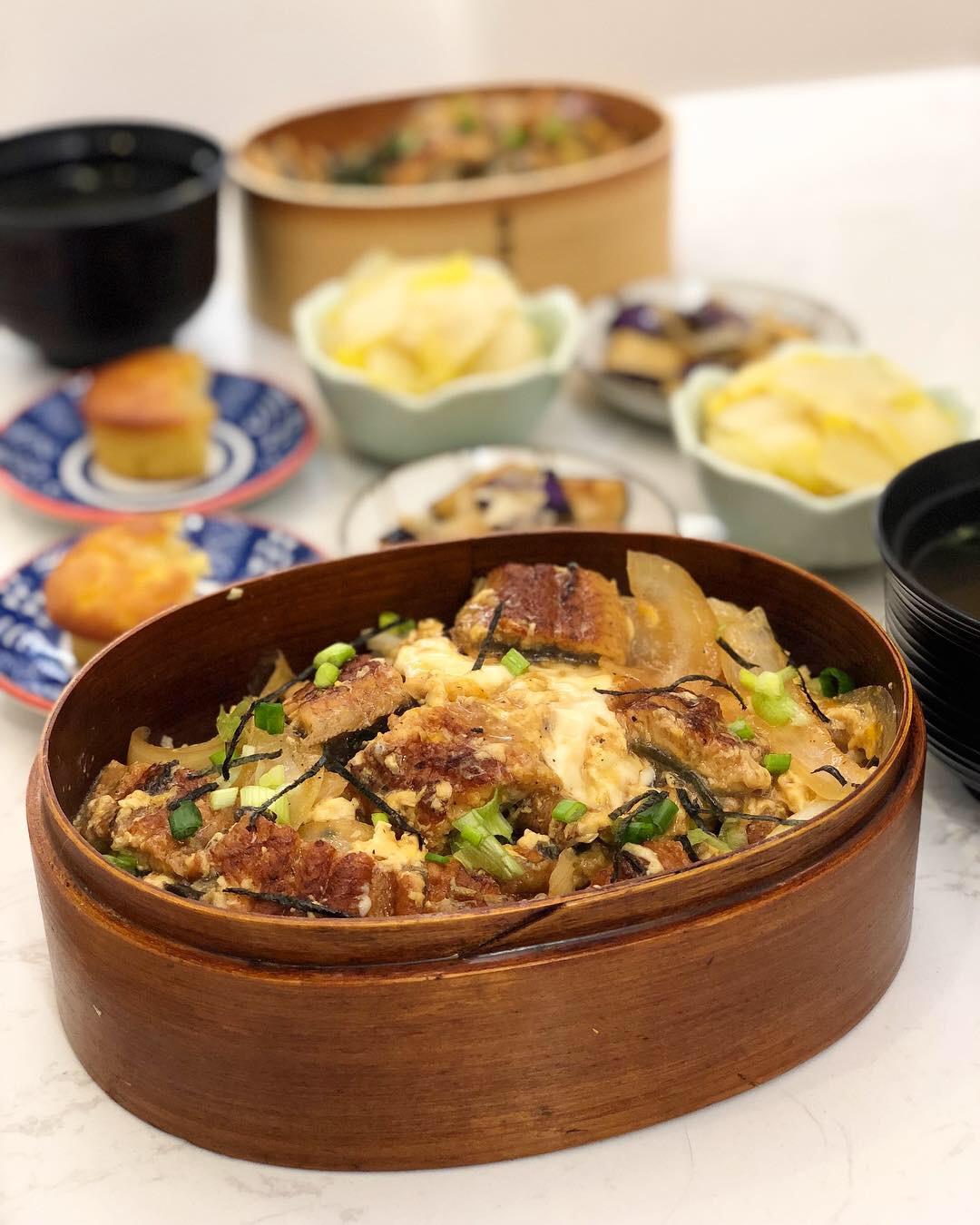 鰻魚玉子丼