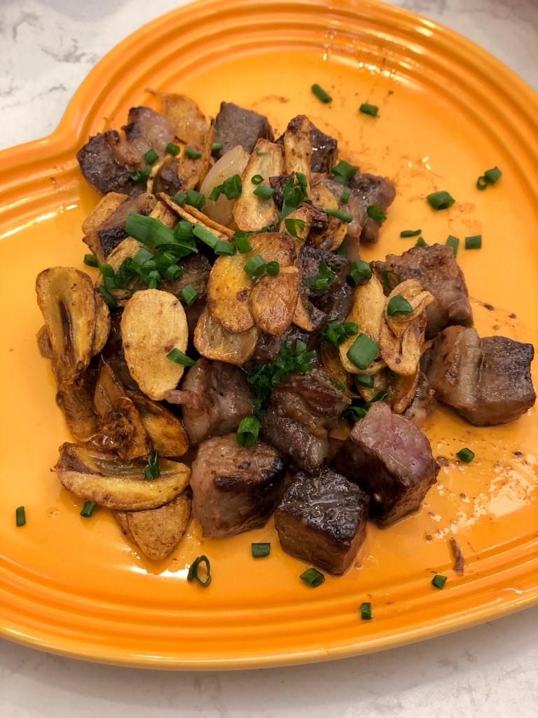 黑椒蒜片牛肉粒