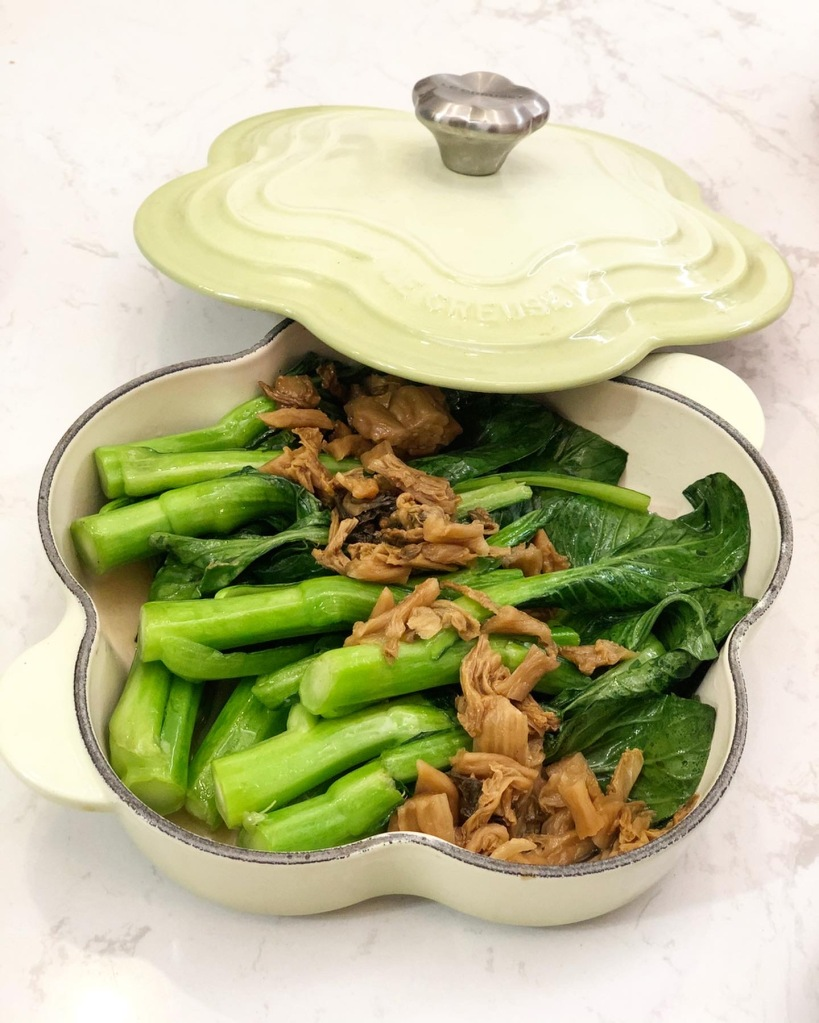 梅菜蒸菜心