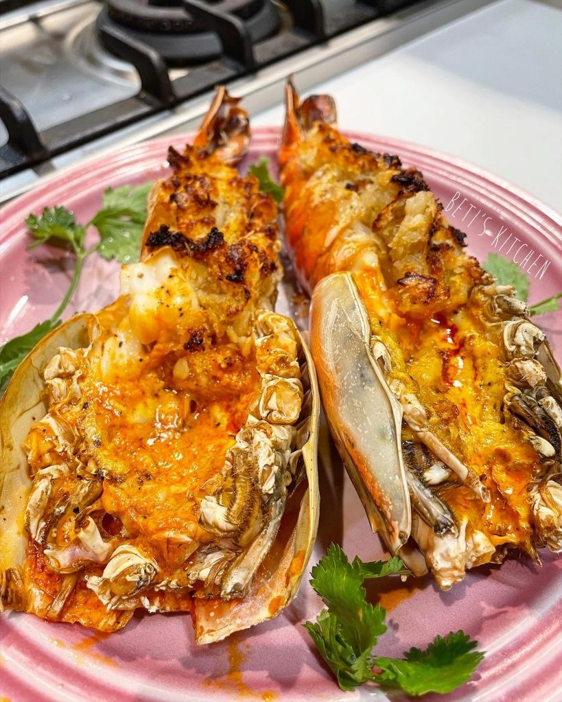 牛油蒜蓉焗大頭蝦