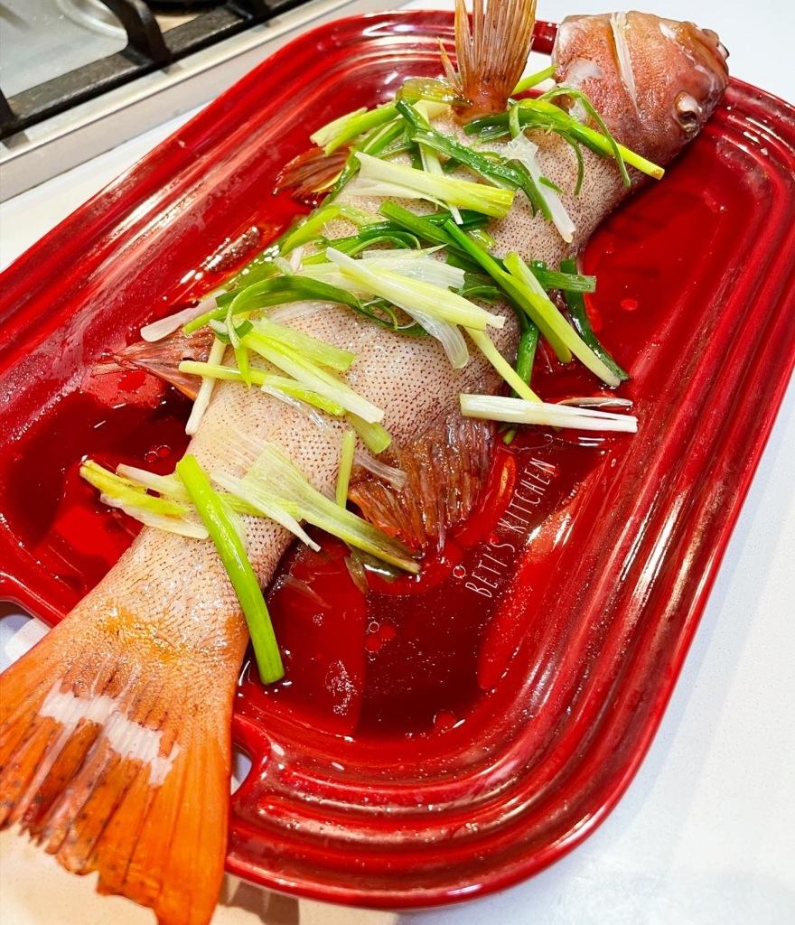 清蒸魚 Steamed Fish in Chinese style